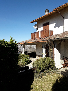 Casa in vendita in CARPINETI (RE)